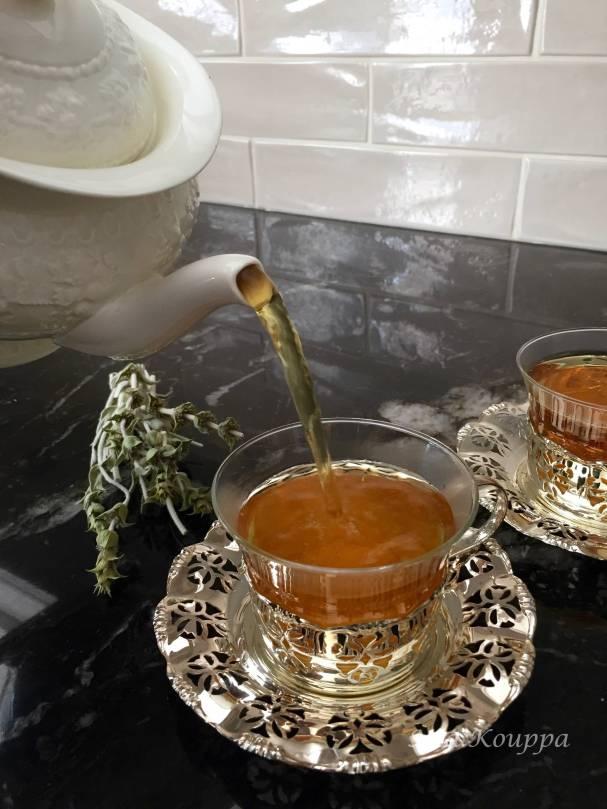 Greek mountain tea (τσάι του βουνού)