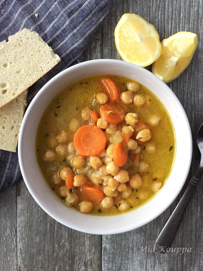 Chickpea soup (Ρεβιθόσουπα)