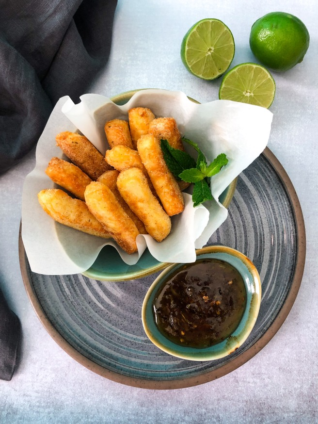 Halloumi fries with a citrus lime mint dipping sauce